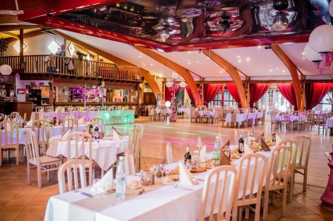 Decoration de la salle de mariage a la croisette d Herival Vosges-photographe mariage Nancy Epinal Lunéville-www.gregory clement.fr
