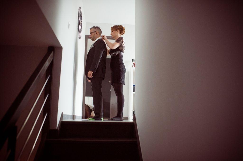 Photographe pro Toul mariage habillage marié en couleur vintage ®gregory clement.fr